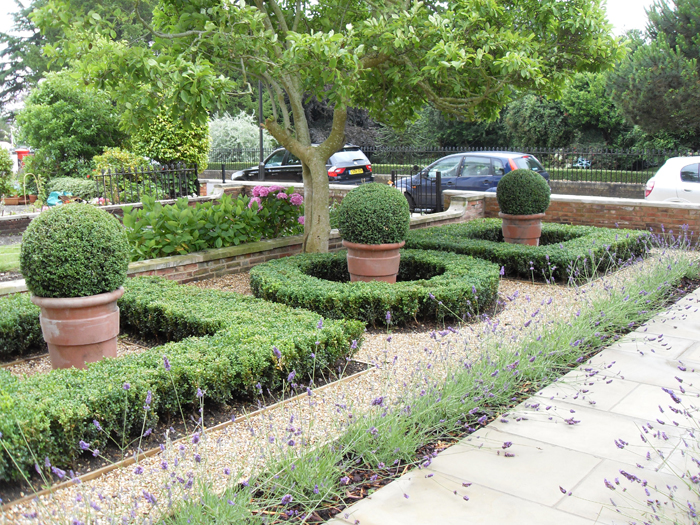 Landscape Gardening and Design Company – New Leaf Landscapes UK - Garden Design Style - Formal